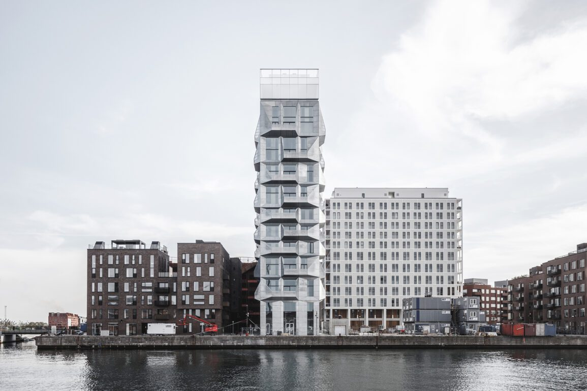 Om 40 år er det nye Nordhavn alt andet end et forladt industriområde, og vil emme af liv med plads til 40.000 beboere og arbejdspladser.